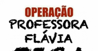 professora flávia.jpg