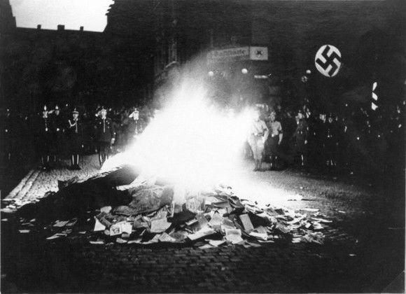 queima de livros